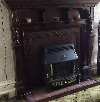 Original Antique Mahogany Fire Place Surround Only (Very Good Condition) • 600£
