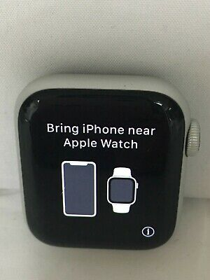 $ CDN270.88 • Buy Apple Watch Series 4 40mm Aluminum GPS SILVER, WATCH ONLY***