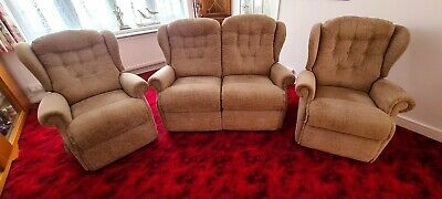Excellent Condition Sherborne 'Lynton' 3 Piece Suite With Electric Riser Chair. • 150£