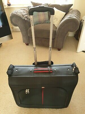 Wenger Wheeled Suit Carrier/Case • 10£