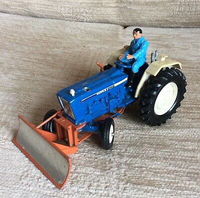 Britains Ford Tractor With Plough. • 4£