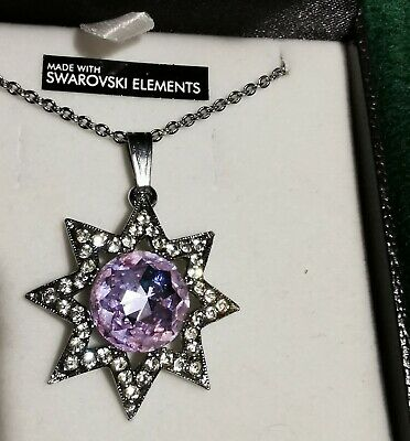 Swarovski Star Necklace • 5£