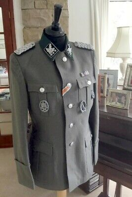 German WW2 Officers Medium Size Tunic • 49£