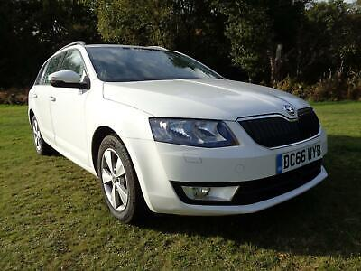2017 Skoda Octavia SEL  Estate White 1.6TDI  110ps  Half Leather Sat/Nav  • 6,495£