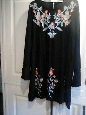 Ladies Longline Tunic Top Size 24 With Embroidery Detail  • 1.99£