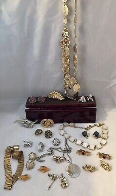 $ CDN53.45 • Buy Vintage Signed Coro Only Costume Estate LOT Goldtone Mixed Jewelry Earrings