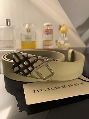 Burberry Pembroke Check Gold Tone Buckle Leather Size 28/70 Belt Unwanted Gift • 25£