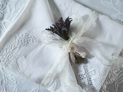 Vintage Hand Embroidered Irish Linen Crochet Lace Tablecloth/bedspread ~ Floral  • 145£