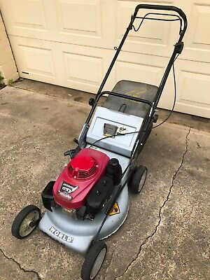 AU102.50 • Buy Honda Self Propelled GXV160 Lawn Mower In Great Condition On A World Base