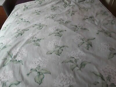 A Pair Of Laura Ashley Home Lined Heligan Eau De Nil Curtains 1 • 70£