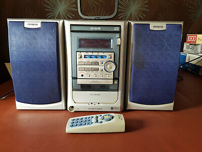 Aiwa Hi Fi System With Remote Control • 20£