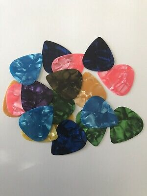 $ CDN6 • Buy Guitar Picks Lot Of 25 (random) -Fast Shipping- Canadian Seller