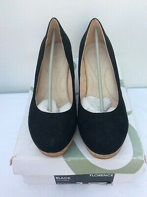 Evans Black Faux Suede Wedge Shoes Size UK 7 Wide Fit (E) BNWT - SK# • 3.99£