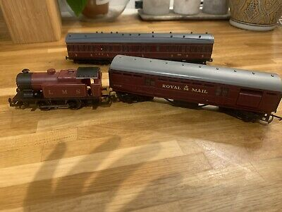 Oo Gauge Hornby Royal Mail LMS Locomotive And Coaches • 20£