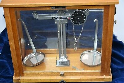 Vintage Cased Laboratory Scales In Wooden/glass Case. Griffin Made, Quickway . • 80£