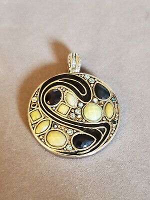 $ CDN4.57 • Buy Lia Sophia Silver Tone Yellow Enamel Black Scroll Round Pendant