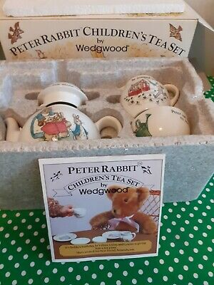 Vintage Wedgewood Peter Rabbit Child's China Tea Set Immaculate Boxed With Leafl • 25£