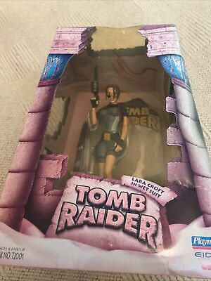 TOMB RAIDER LARA CROFT.in Wet Suit .EIDOS.... • 30£