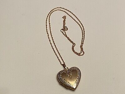 9ct Gold Heart Locket And 18inch Chain Double Photo • 30£