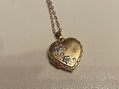 9ct Gold Heart Locket And 18inch Chain  Double Picture • 30£