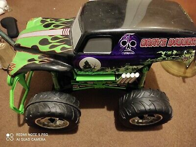 Tyco Grave Digger RC Monster Truck 27MHz 1:6 Scale • 50£