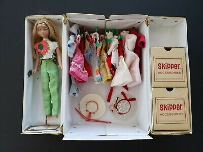 $ CDN129.69 • Buy Vintage 1963 Barbie's Sister Skipper Blond Hair W/ 1964 Case Clothes Accessories