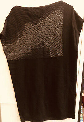 Lovely Sleeveless Sarah Pacini Jumper, Black With Dull Silver Design, One Size • 10£