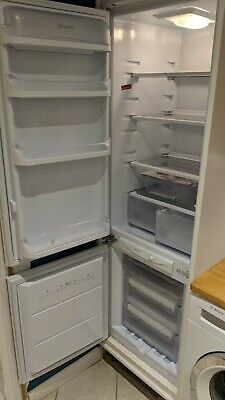 Hotpoint Fridge Freezer HMB312AAI 70/30 Integrated  London SE28 8HE • 120£