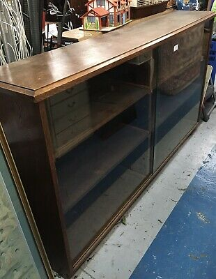 """Large Vintage Sturdy Wooden Bookcase/Display Cabinet 3 Shelves Glass Doors 64"""" • 75£"""