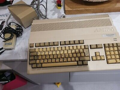 COLLECTIBLE VINTAGE AMIGA COMMODORE A-500 PLUS Plus Loads Game • 35£