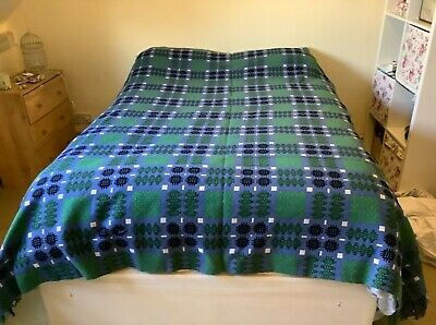 VINTAGE WELSH WOOL TAPESTRY LARGE DOUBLE BEDSPREAD 1960s. FRINGE, GOOD CONDITION • 100£