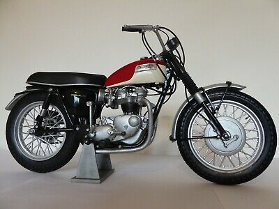 Triumph Bonneville TT Special 1966 In 1/6th Scale - COMPLETED MODEL • 22.03£