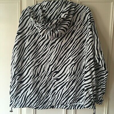 Zara Rain Coat New With Out Tags Size Small • 4.99£