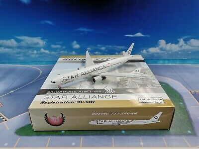AU98.32 • Buy Phoenix Singapore Airlines B777-300ER 9V-SWI 1:400