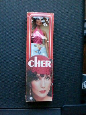 $ CDN121 • Buy 7 Antique  Dolls Cher And Others IN THE BOX