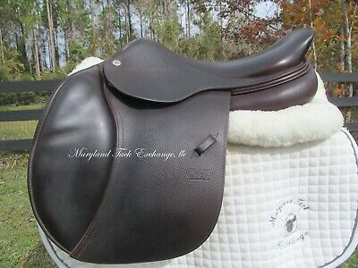 $ CDN4165.14 • Buy 17  CWD SE03 French Close Contact Jumping Saddle 1B Short Flaps- 2018 MODEL-MINT