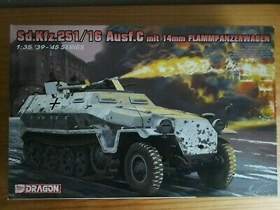 1/35 6864 Dragon Sdkfz 251/16 Flammpanzwagen With Figures • 45£