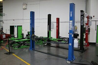 2 Post Car Lift  Ex Demo Eurotek UT40 4 Tonne Manual Collection Only.  • 1,075£
