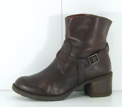 CLARKS Dark Tan Brown REAL LEATHER Chelsea Biker Ladies Ankle Boots Size UK 4 • 9.99£