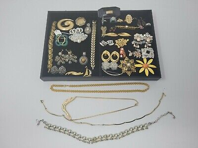 $ CDN18.50 • Buy Vintage Costume Jewelry Lot Signed Coro, Trifari, Givenchy, Napier..huge Value $