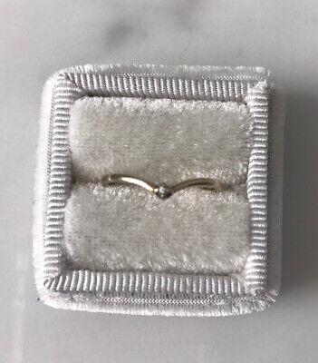 AU75 • Buy 9ct Solid Gold Ring With Diamond