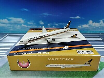 AU89.14 • Buy Phoenix Singapore Airlines B777-300ER 9V-SNA 1:400