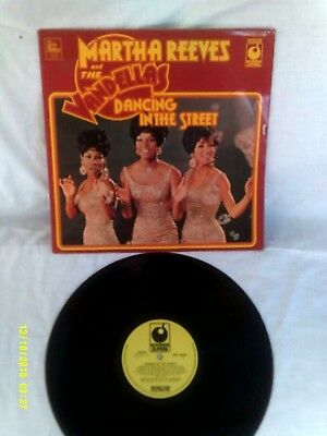 MARTHA REEVES AND THE VANDELLAS, DANCING IN THE STREET, 1960s, VG+ CONDITION • 9.99£