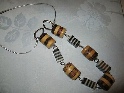 Long Chunky Bead Necklace With Wood Effect Elements • 1.50£