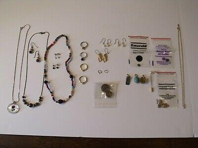 $ CDN12.69 • Buy Vintage Costume Jewelry Lot Pre-Owned, Ear Rings, Neckless, Rings, Other Items