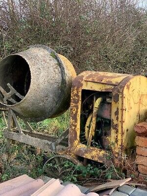 Vintage Farm Machinery/ Vintage Cement Mixer/ Collectable Vintage Machinery • 30£
