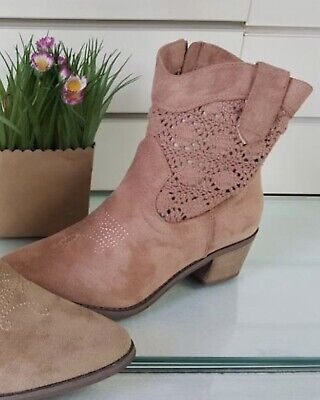 Pink Ankle Boots Soft Suede Low Block Heel Western Style Pointed Toe Stunning  • 32.99£