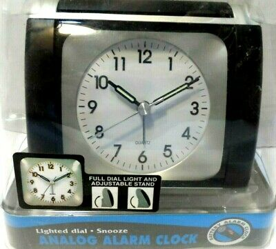 Advance Analog Alarm Clock Lighted Dial Snooze Bedside NEW • 7.06£