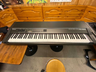 AU911.09 • Buy Roland RD-300S Digital Piano  Free Shipping Arrive Quickly