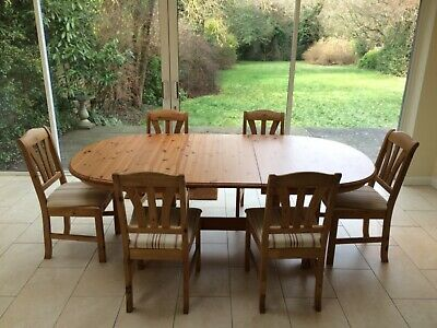 Pine Dining Table And 6 Chairs With Removable Extendable Leaf • 45£